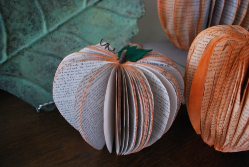 pumpkins-recycled-books