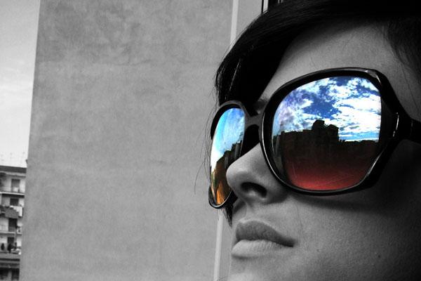 escolhendo_oculos_escuros_catarata_f