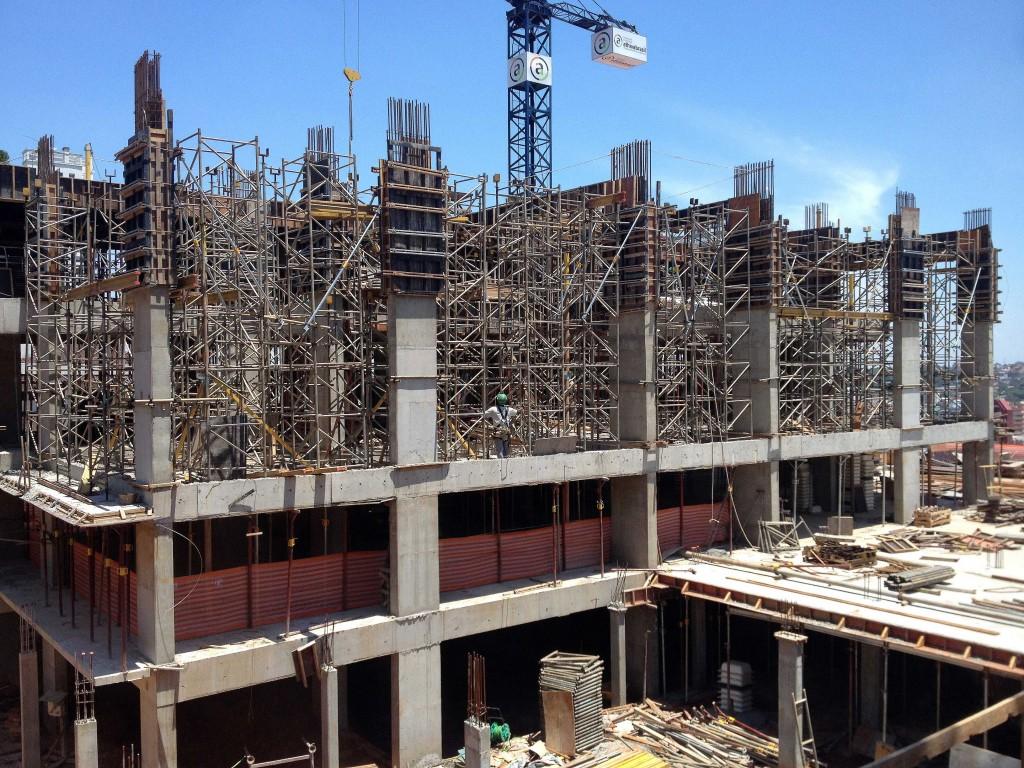 Obras do Chronos Residencial: concreto projetado para que estruturas tenham vida útil de 75 anos