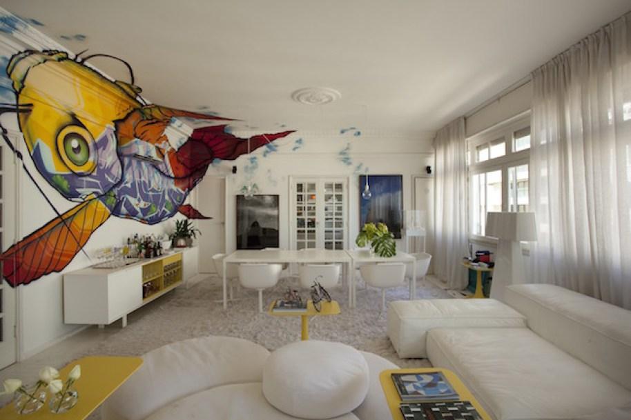 living-design-apartamento-do-arquiteto-David-Bastos-com-grafite-de-Binho-Ribeiro-4