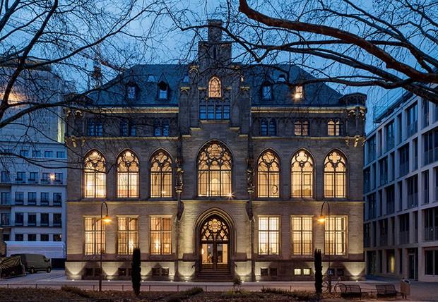 Hotel neogótico é dedicado à arte e ao design