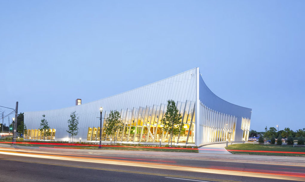 Vaughan-Civic-Centre-Resource-Library-by-ZAS-Architects-2-1020x610