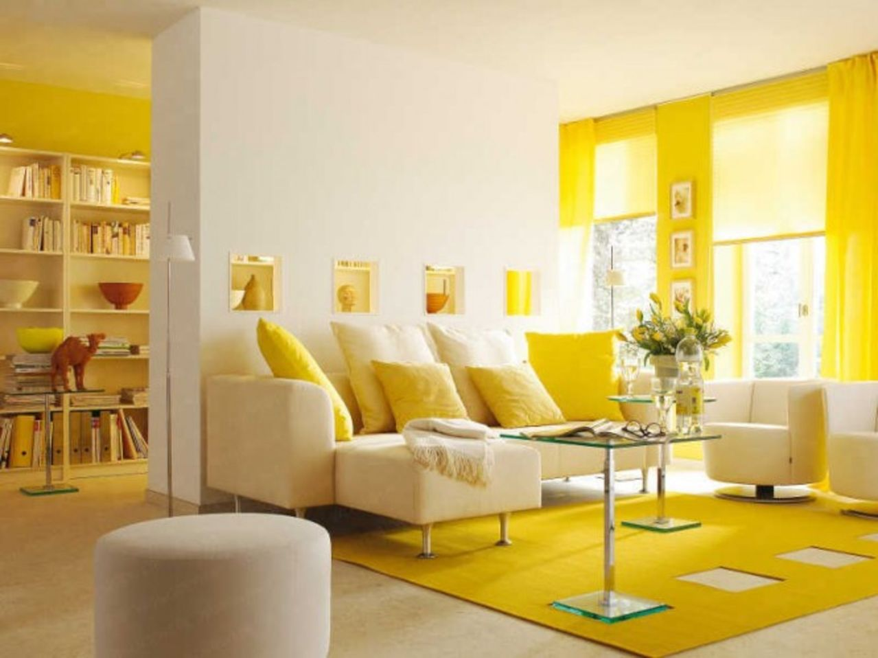 monochrome-decoration-yellow